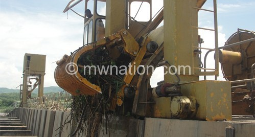 Suffered a system shutdown due to debris: Kapichira