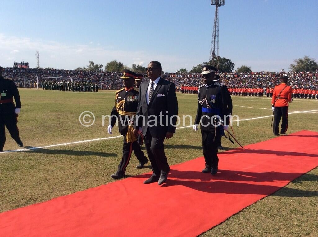 leaves the country for Zimbabwe tomorrow: President Mutharika