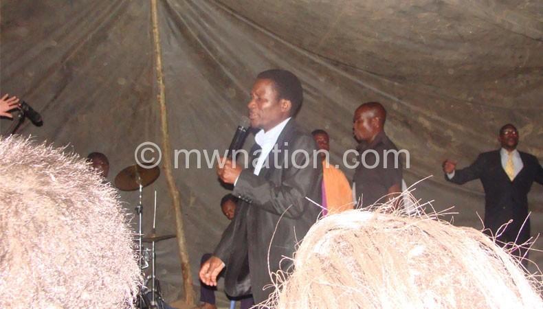 Salinga ministering at the revival