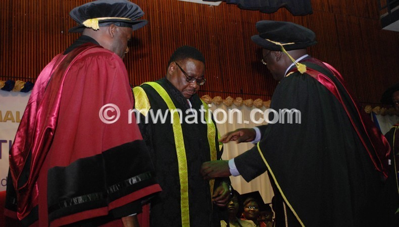 Mutharika wants more research in UNIMA colleges.