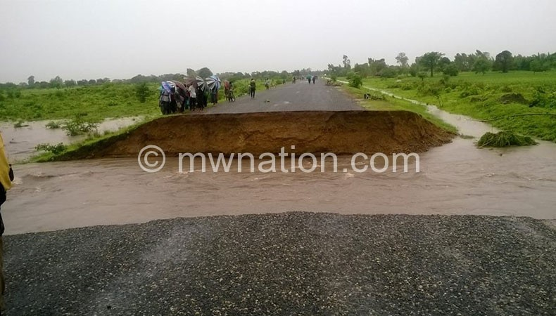 No through road: Part of the Zomba-Jali-Phalombe-Chitakale Road that has been rendered impassable