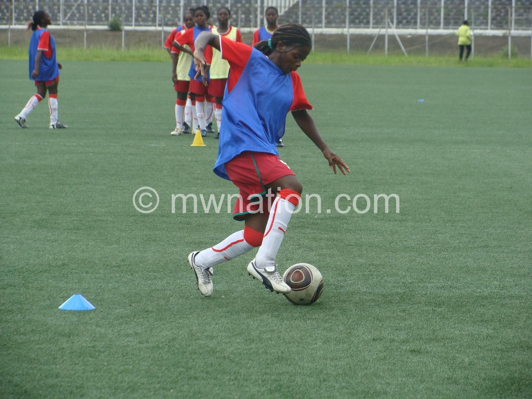 Chisomo Kadzitsonga has switched clubs