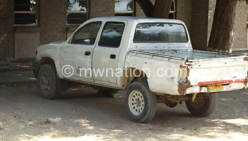 The broken-down vehicle at Likoma Secondary School