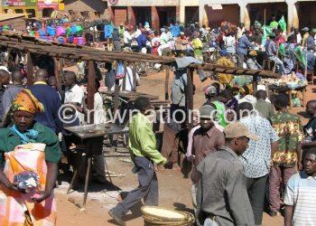 Malawians and Zambians patronise Jenda Trading Centre market