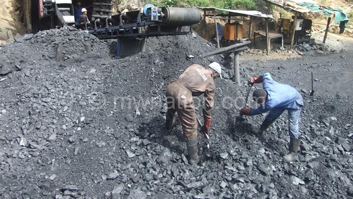 Despite having reserves Malawi still imports coal from Zimbabwe