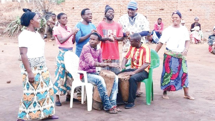 Umoyo Travelling Theatre members line up for a chisamba dance during the Nice meeting at Chonde