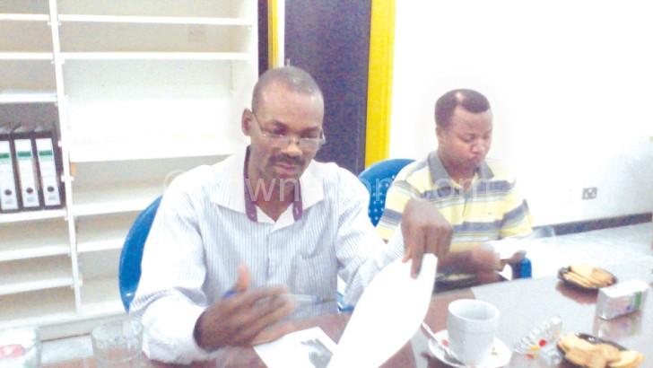 Sichinga (L): We are bringing first grade tea onto Malawi market