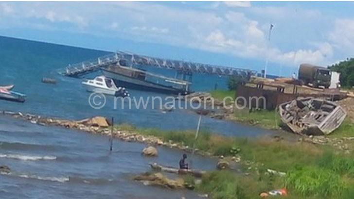 The sunken Nkhata Bay jetty