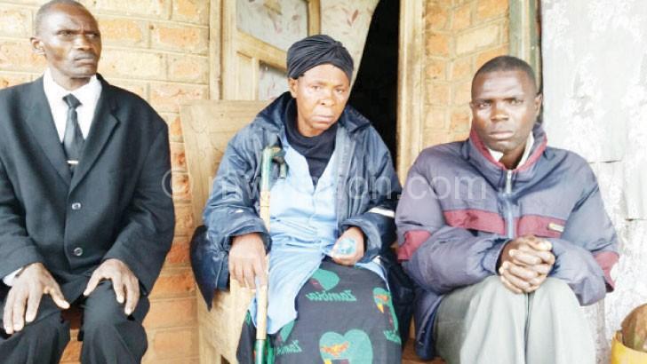 The Shabas (R): Lost their children in floods