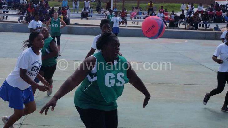 Waya (R) playing for Blantyre Stars