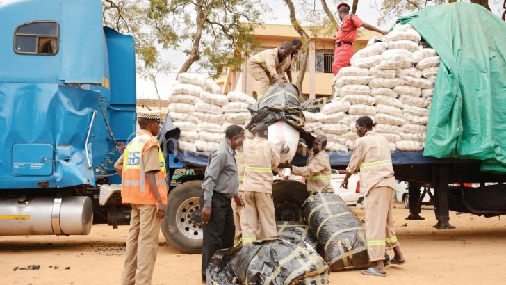Katundu wovuta: Apolisi atagwira galimoto yonyamula shuga ndi matumba a chamba