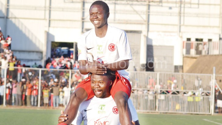 Bullets' Fischer Kondowe carries brace-hero Mike Mkwate