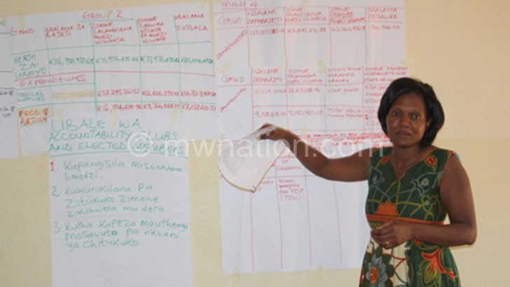 A facilitator stresses a point during the workshop