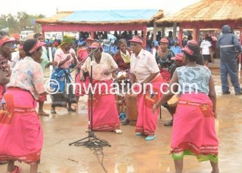 Lhomwe women dance during a previous ceremony