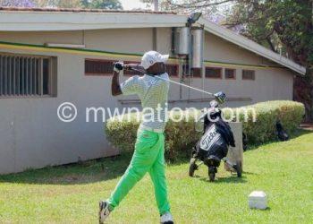 Carrying Malawi flag in Kenya: Chidale