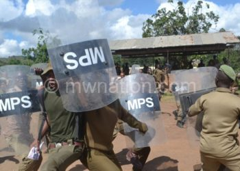 Prison warders during their strike at Chichiri Prison yesterday