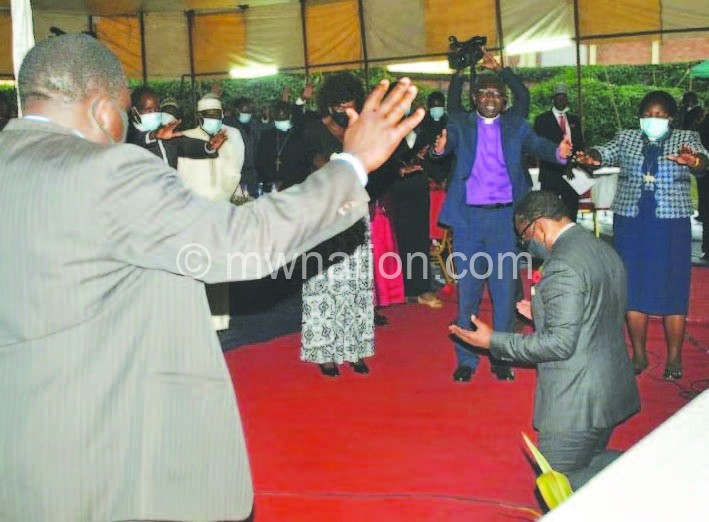 chakwera pray | The Nation Online